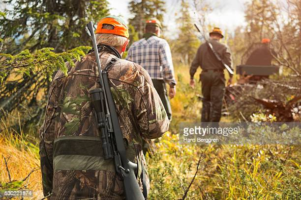 men at hunting - hunting stock pictures, royalty-free photos & images