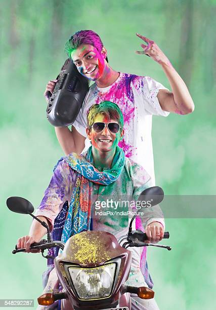 men enjoying themselves on holi - new generation stock pictures, royalty-free photos & images