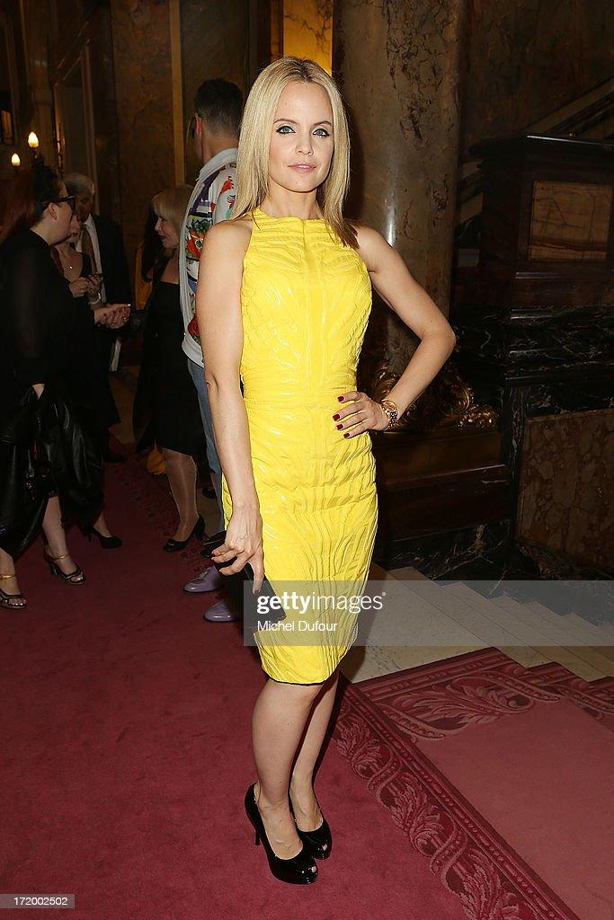 Versace: Front Row - Paris Fashion Week Haute-Couture F/W 2013-2014