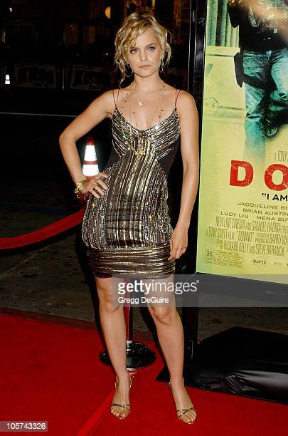 Mena Suvari during New Line Cinema's 'Domino' Los Angeles Premiere Arrivals at Grauman's Chinese Theatre in Hollywood California United States