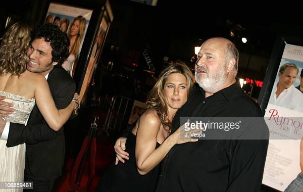 Mena Suvari Mark Ruffalo Jennifer Aniston and Rob Reiner director