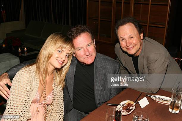 Mena Suvari Robin Williams and Billy Crystal during Kevin Spacey Announces the Launch of the New Triggerstreetcom and Their Latest Venture with...