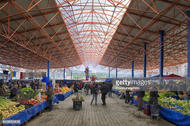 menemen marketplace on a wednesday. - emreturanphoto stock pictures, royalty-free photos & images
