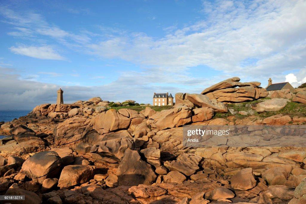Men Ruz Lighthouse. : News Photo