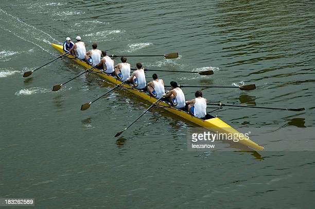 Herren 8 Männer Ruderteam-Teamwork