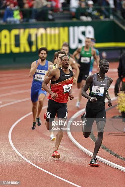 Men's 800 meter final, Charles Jock leads Duane SOlomon