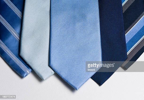 Homem azul laços esquema horizontal