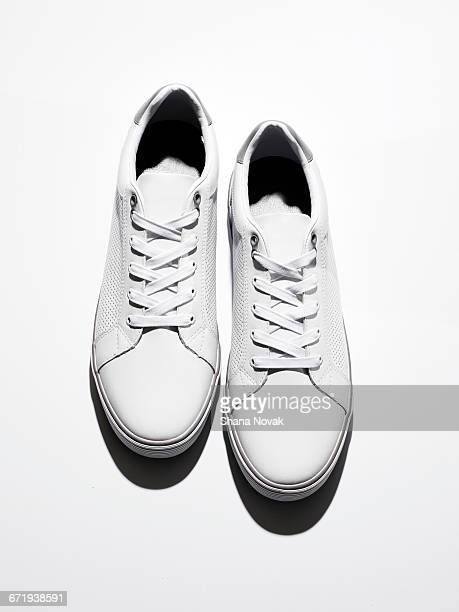 men's sneakers - sports shoe stock pictures, royalty-free photos & images
