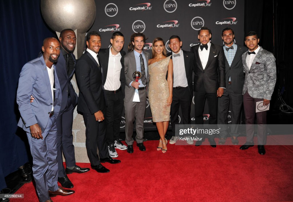 USA mens soccer team DaMarcus Beasley, Jozy Altidore, Clint Dempsey, Kyle Beckerman, Nick Rimando, Jermaine Jones, Chris Wondolowski and DeAndre Yedlin with Actress Jessica Alba at The 2014 ESPYS at Nokia Theatre L.A. Live on July 16, 2014 in Los Angeles, California.