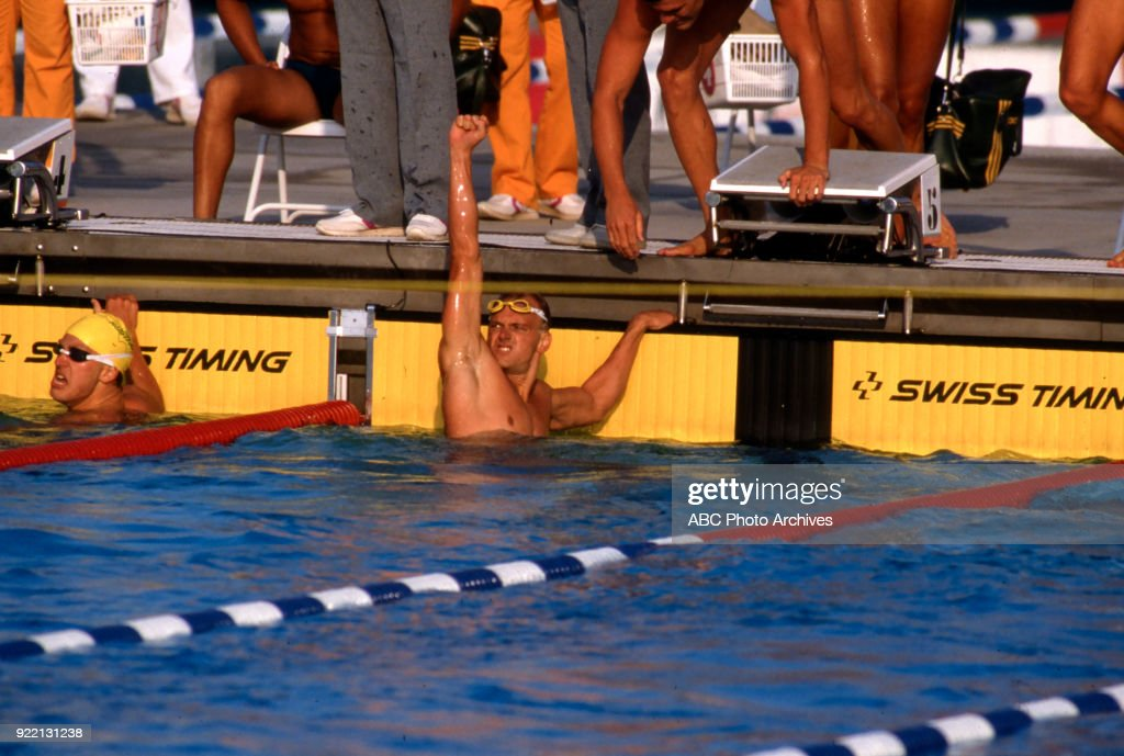 Men's Swimming 4 × 100 Metre Freestyle Relay Competition At The 1984 Summer Olympics : News Photo