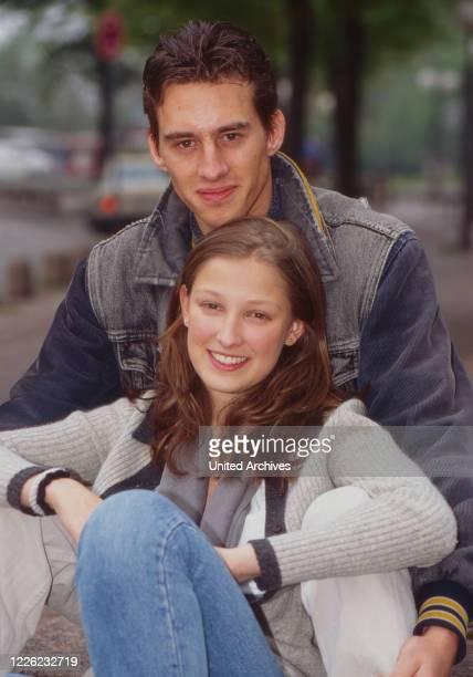 Mensch, Pia!, Fernsehserie, Deutschland 1996, Darsteller: Alexandra Maria Lara, Robert Glatzeder