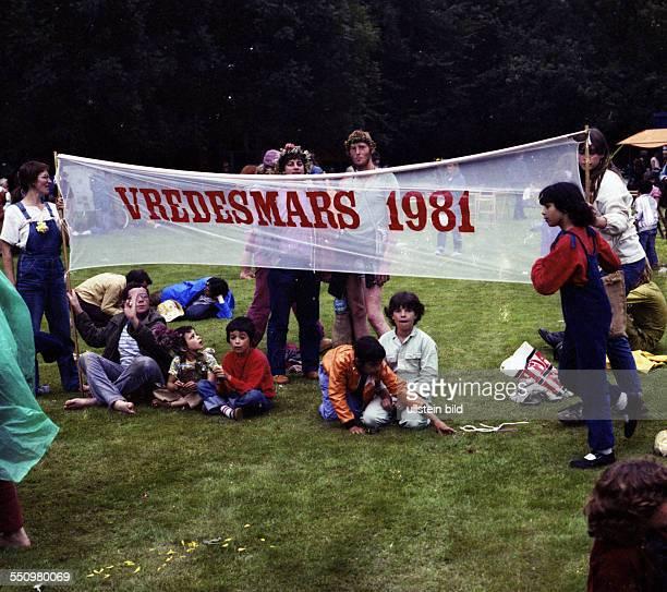 Menschen und Ereignisse in den Jahren 1972 bis 1981 Der Friedensmarsch '81 KopenhagenParis