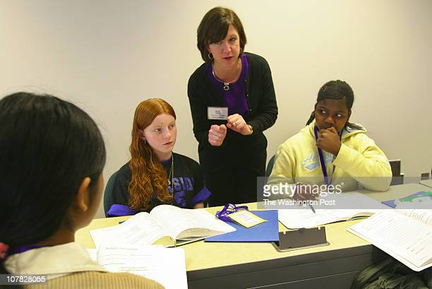022306 Photographer Susan Biddle /TWP Neg#177705 Manassas VA Elementary and middle school students from Prince William County at a peer mediation...