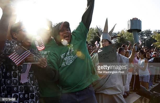 PWilliam DATE: October 16, 2007 CREDIT: Carol Guzy/The Washington Post Manassas VA Prince William County vote on illegal immigration crackdown...