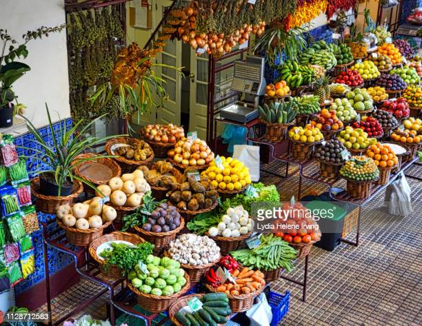 mercado dos lavradores, madeira - funchal stock pictures, royalty-free photos & images