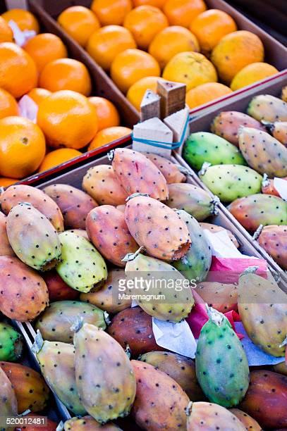 Mercato (market) del Capo, prickly pear