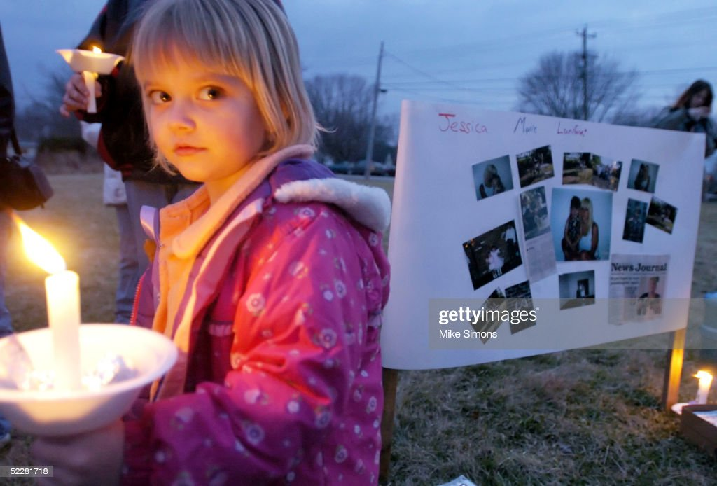 Candlelight Vigil Held For Missing Florida Girl : News Photo