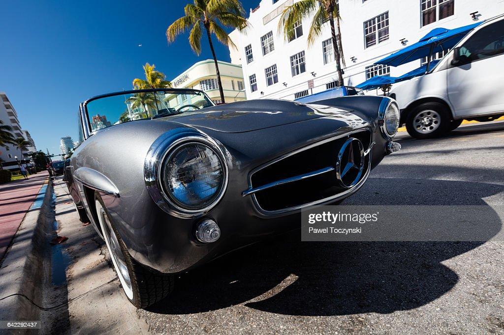 Clic Car In Ocean Drive Miami