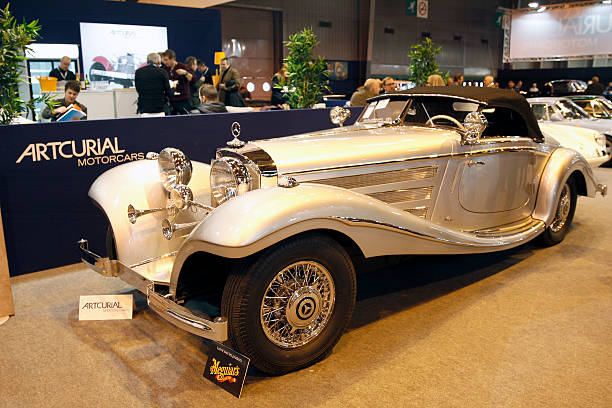 Retromobile 2015 show day 1 at porte de versailles in for Garage mercedes benz versailles