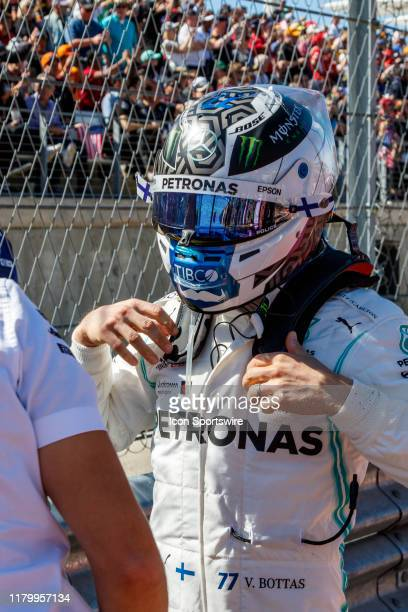 Mercedes AMG Petronas Motorsport driver Valtteri Bottas of Finland arrives to the grid prior to the F1 United States Grand Prix held November 3 at...