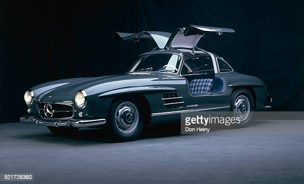 1954 mercedes benz 300 sl gullwing prototype - mercedes benz stock pictures, royalty-free photos & images