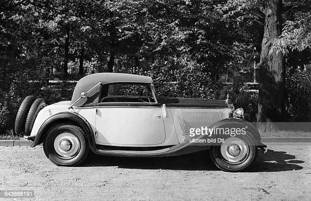 Mercedes Benz cabriolet 1933 Photographer Seidenstuecker Published by 'Die Dame' 25/1933Vintage property of ullstein bild