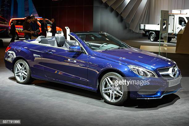 "mercedes benz e class convertible - ""sjoerd van der wal"" or ""sjo"" stock pictures, royalty-free photos & images"