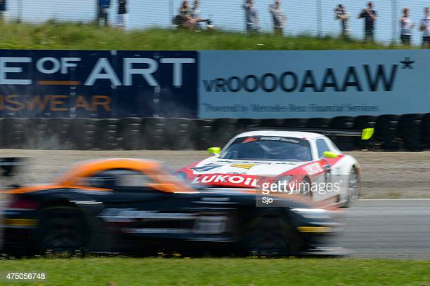mercedes benz sls amg gt3 race car crash - fia gt championship stock pictures, royalty-free photos & images