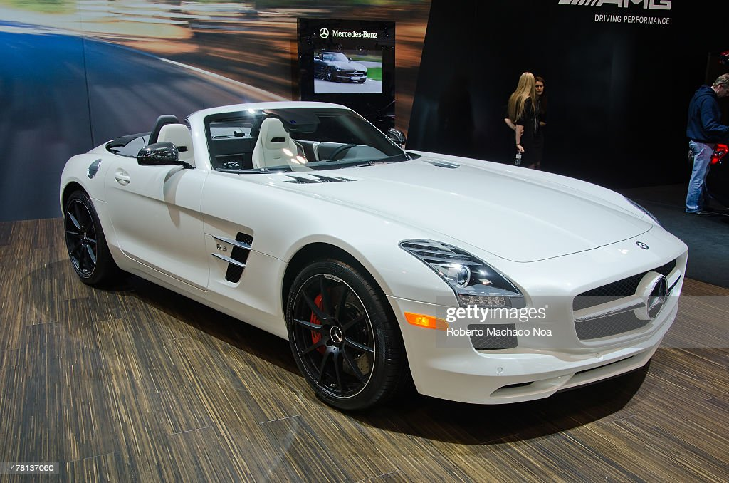 CENTRE, TORONTO, ONTARIO, CANADA   : Mercedes Benz SLS AMG Roadster During  The