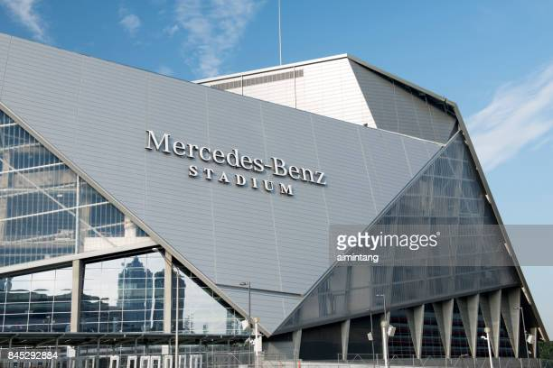 mercedes benz stadium in downtown atlanta - atlanta georgia stock pictures, royalty-free photos & images