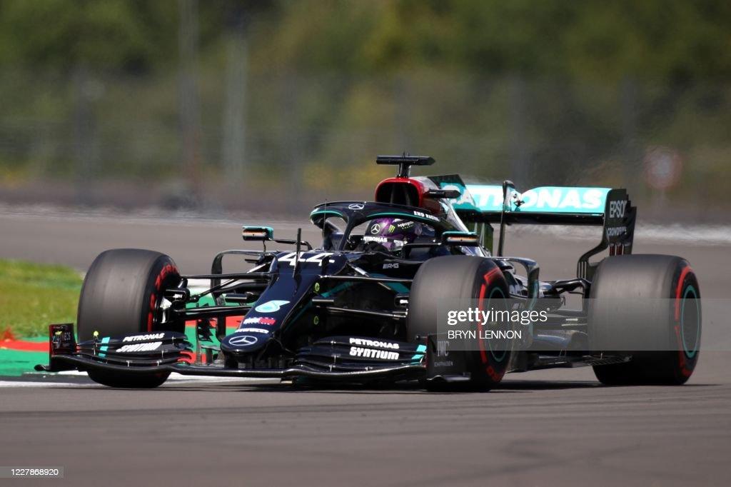 AUTO-F1-PRIX-GBR-QUALIFYING : News Photo