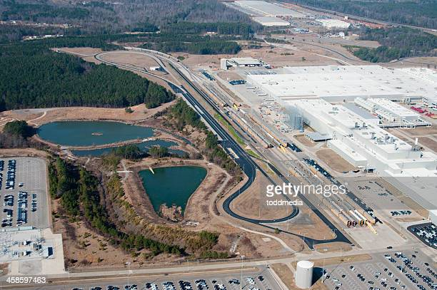 mercedes factory and test track - test track stock pictures, royalty-free photos & images