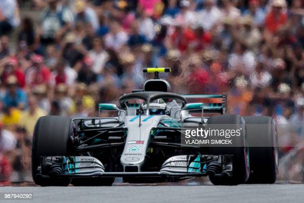 TOPSHOT Mercedes' Finnish driver Valtteri Bottas competes during the qualifying session ahead of the Austrian Formula One Grand Prix in Spielberg...