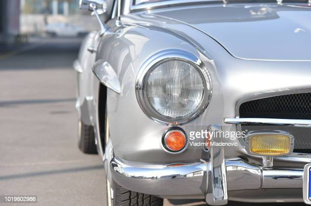 mercedes sl classic versus new model - mercedes benz stock pictures, royalty-free photos & images