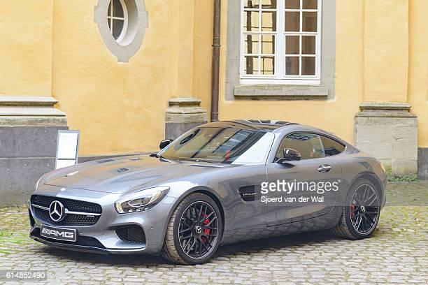 mercedes-amg gt coupe sports car  - mercedes benz markenname stock-fotos und bilder