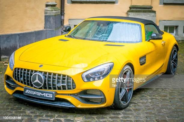 mercedes-amg gt roadster leistung luxus cabrio - mercedes benz markenname stock-fotos und bilder