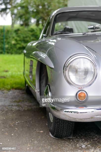 mercedes-benz 300sl gullwing classic sports car front - mercedes benz 300sl gullwing stock photos and pictures