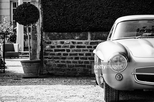 mercedes-benz 300sl gullwing classic sports car - mercedes benz 300sl stock photos and pictures