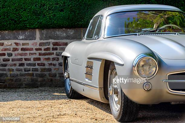 mercedes-benz 300sl gullwing classic sports car side view - mercedes benz 300sl stock photos and pictures