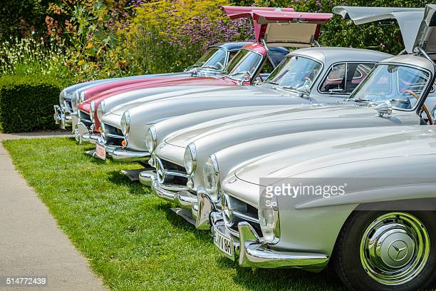 mercedes-benz 300sl gullwing - mercedes benz 300sl gullwing stock photos and pictures