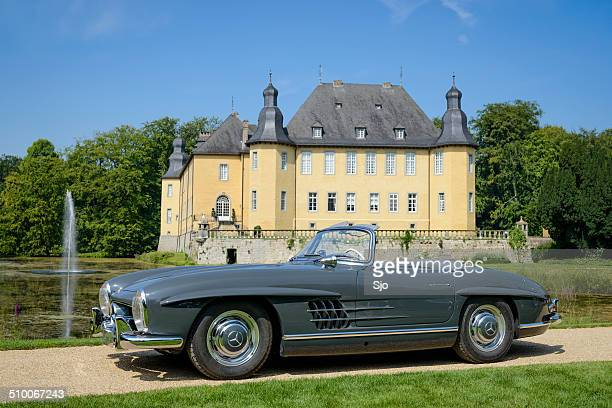 mercedes-benz 300sl roadster - mercedes benz 300sl gullwing stock photos and pictures