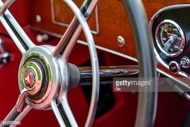 Mercedes-Benz 380K Roadster steering wheel