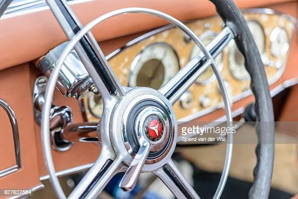 "mercedes-benz 500k luxury roadster dashboard - ""sjoerd van der wal"" stock pictures, royalty-free photos & images"