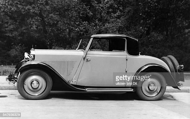 MercedesBenz als RoadsterKabriolett Seitenansicht 1932veröffentlicht Dame 26/1932Foto Atelier Badekow