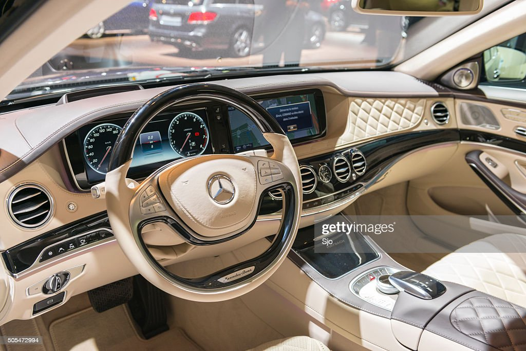 maybach s500 mercedes 4matic dashboard stock foto getty. Black Bedroom Furniture Sets. Home Design Ideas