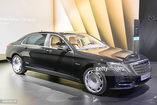 mercedes-maybach s500 4matic - mercedes benz s class stock photos and pictures