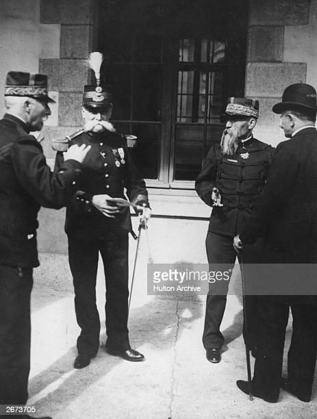 Mercier French minister of war one of the major figures who led to the imprisonment of French Jewish army officer Alfred Dreyfus talking to Colonel...