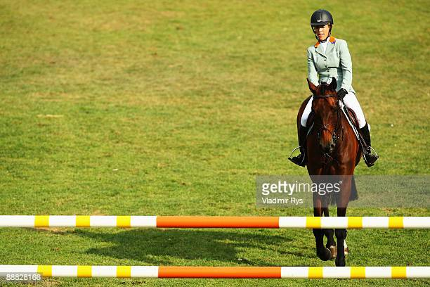 Meredith MichaelsBeerbaum of Germany on Shutterfly is seen prior to their start during the ROLEX Grand Prix of Aachen on July 5 2009 in Aachen Germany