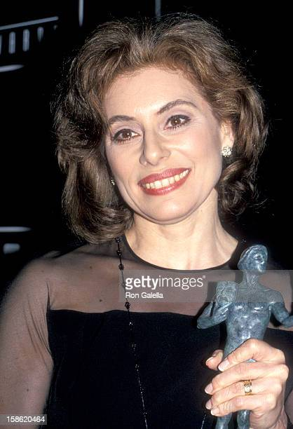 Merel Poloway attends the First Annual Screen Actors Guild Awards on February 25 1995 at Universal Studios in Universal City California