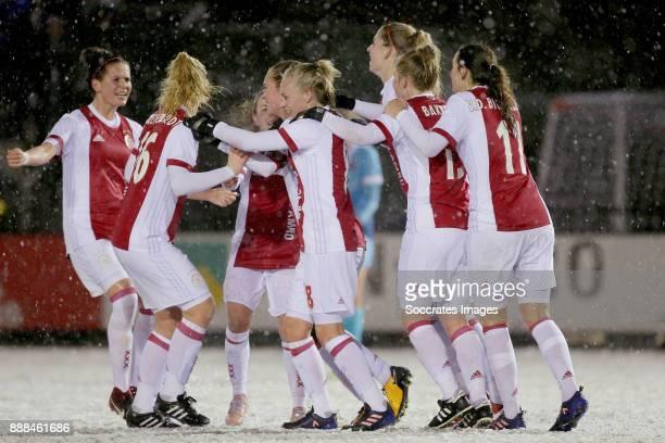 Merel van Dongen of Ajax Women Lucienne Reichardt of Ajax Women Davina Philtjens of Ajax Women Desiree van Lunteren of Ajax Women Inessa Kaagman of...
